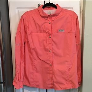 Columbia coral PFG Back Vent Button Up Top Size XL